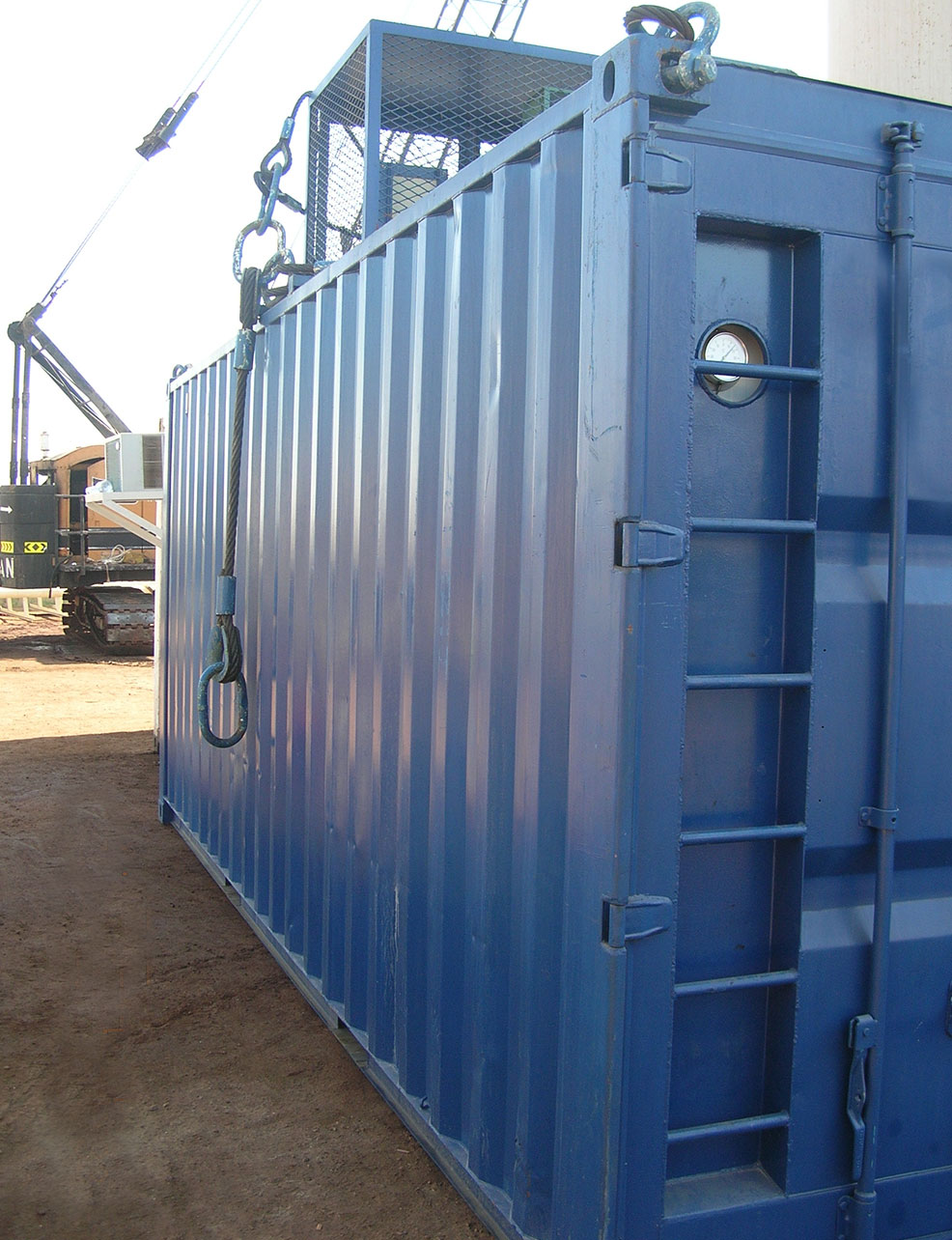 Refrigerated and specialised containers